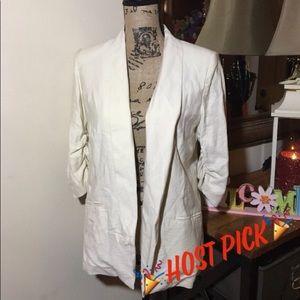 🎉Host Pick🎉LC Lauren Conrad Off White Jacket